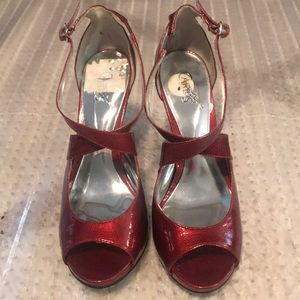 Carlos Red shoes size 7M open toe heels sexy